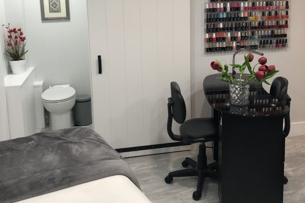 Customer completes beautiful home spa renovation with help from Saniflo
